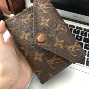 Zoe Wallet  Leather